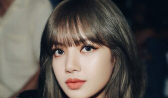 BLACKPINK-Lisa-KAkül-2
